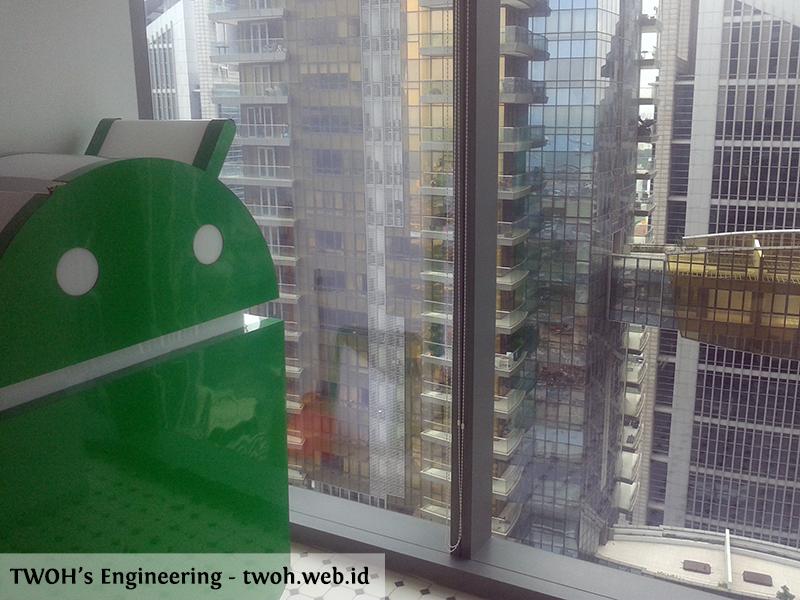 Patung Android di sudut jendela Google Asia Pasific